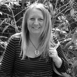 Sally Jones headshot